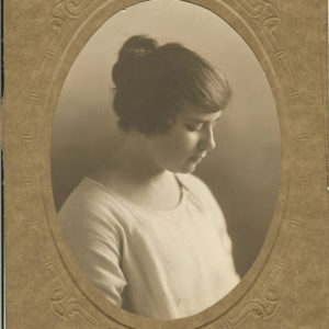 Violet Mabel Mortimer  (Mabs?)
